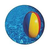 Runde Matte, Pool-Mauspad für Computer, aufblasbare bunte Plastikkugel, die in einem blauen...